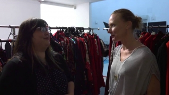 Embedded thumbnail for MiNDFOOD - Red Shoot Interview with Estee Lauder Makeup artist Tanya Barlow